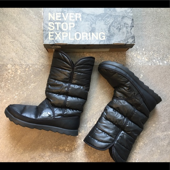 f4d48b8a5 North face Winter boots (Amore II)